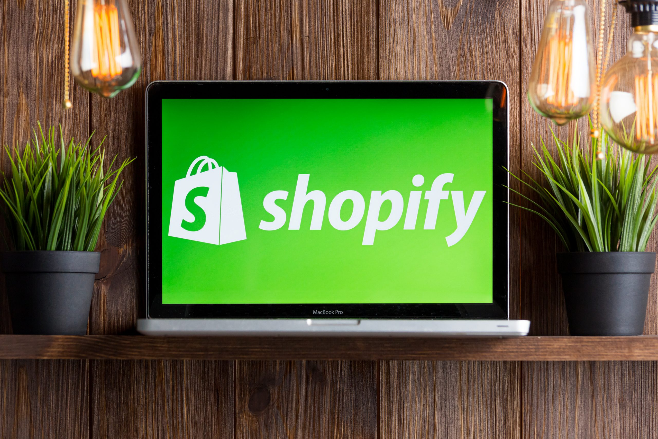 Open your own Shopify Store! check out how at jenbaucom.com